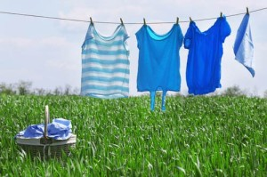 hang-clothes-on-a-clothesline